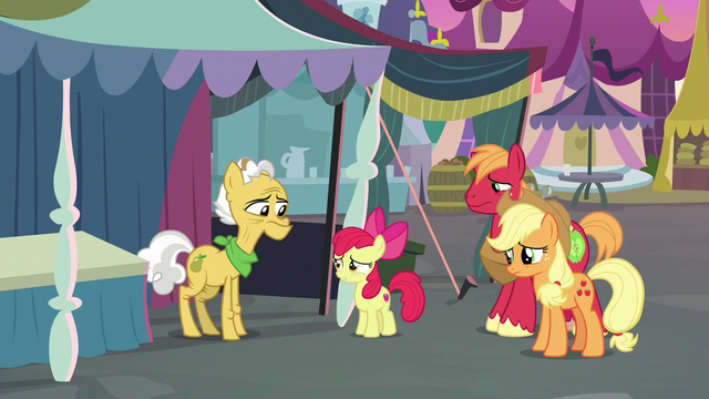 File:Apple Bloom approaching Grand Pear S7E13.png