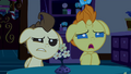 Baby Cakes wondering what Pinkie is doing S2E13.png