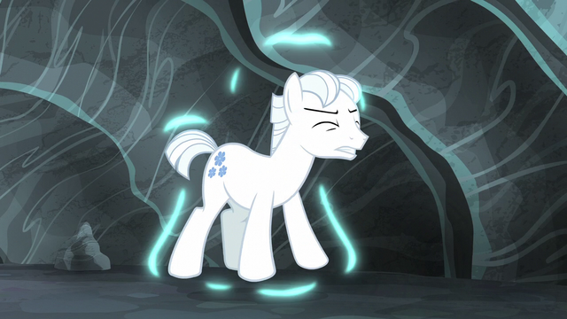 File:Double Diamond returning to normal S5E2.png