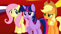 Twilight 'And the animals' weird behavior' S2E01