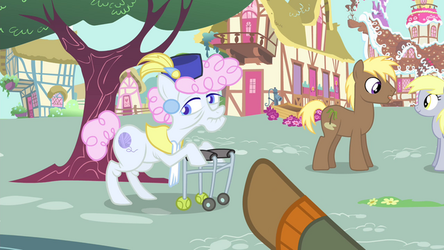 File:Trenderhoof pointing towards an old mare S4E13.png