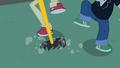 Sledgehammer lands on the ground EG.png