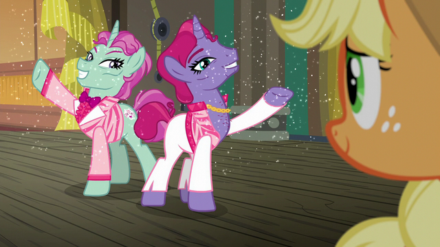 File:Sparkly trainer ponies appear before Applejack S6E20.png
