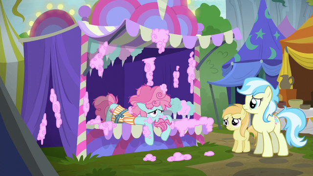 File:Cotton candy pony exhausted S6E7.png