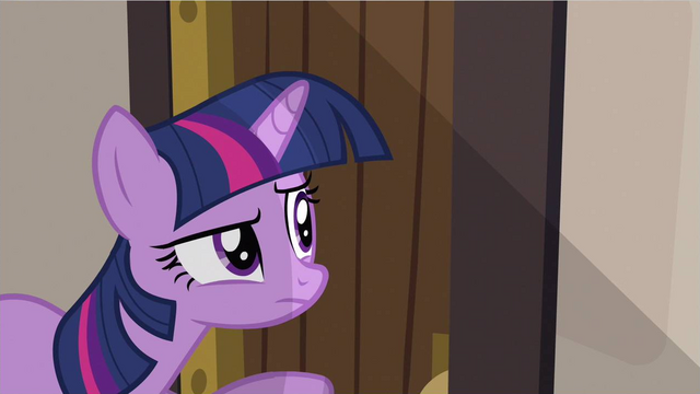 File:Twilight snooping S2E25.png