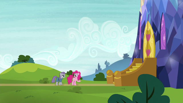 """File:Pinkie Pie """"thought somepony was gonna come"""" S7E4.png"""