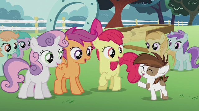 File:Pipsqueak thanking the CMC S5E18.png
