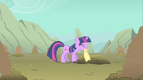 Twilight bite hold S1E19