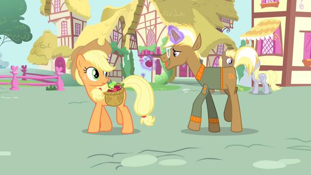 File:Trenderhoof levitating an apple S4E13.png