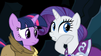 Rarity be jewels inside S2E11