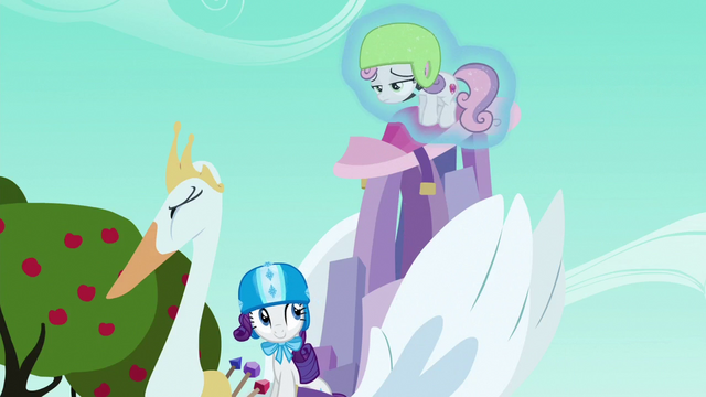 File:Rarity levitates Sweetie Belle onto the cart S6E14.png