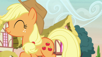 Applejack happily walking back home S7E9