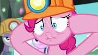 Pinkie Pie trying to think something else S7E4