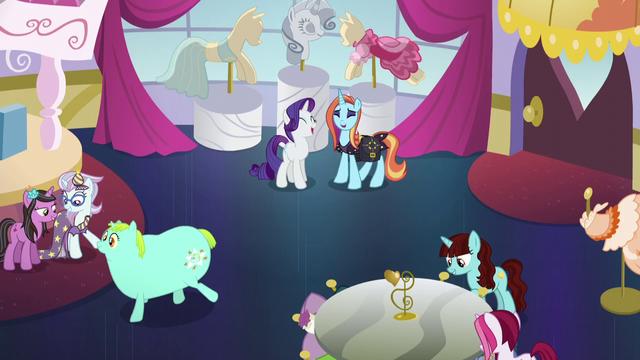 File:Canterlot Carousel final episode shot S5E14.png