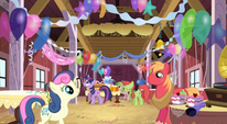 Preparing for Applejack's surprise party S2E14