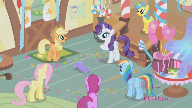 File:Rarity's favorite game S1E05.png