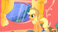 Applejack closes the window S1E08