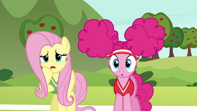 File:Fluttershy getting worried all over again S6E18.png