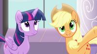 Applejack talking to Twilight S4E01
