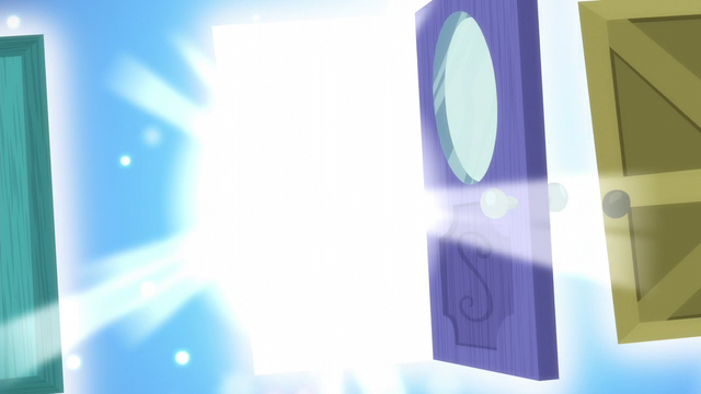 File:Sweetie Belle's dream door opens S5E4.png