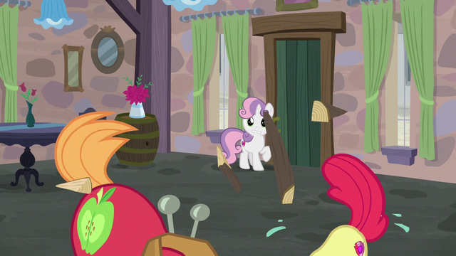 File:Big Mac and Apple Bloom building and painting frantically S7E8.png