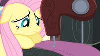 Fluttershy sewing S4E08