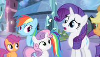 Rarity slightly derp-eyed S4E24