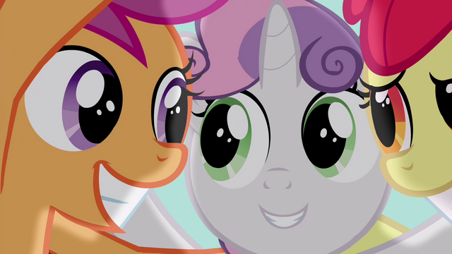 File:Scootaloo grinning S4E15.png