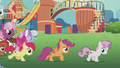 CMC galloping toward town S5E18.png