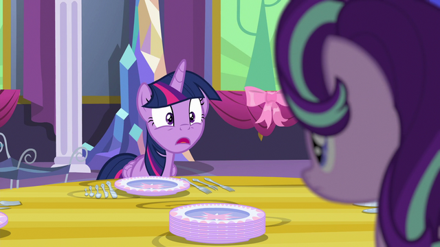 "File:Twilight ""...are sharp!"" S06E06.png"