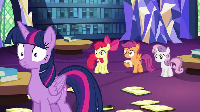 File:Twilight Sparkle drops her books in shock S6E19.png