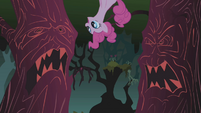 Pinkie Pie singing Everfree Forest 3 S1E02
