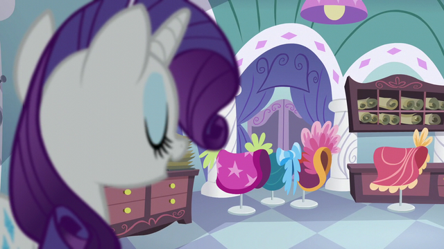 File:Rarity in her working room S5E14.png