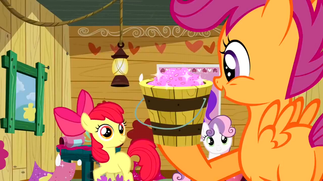 File:Scootaloo brings the glitter S2E17.png