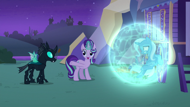 File:Starlight Glimmer introduces Trixie to Thorax S6E25.png
