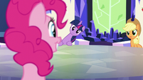 Twilight and Applejack looks at Pinkie S5E19