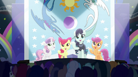 """Rara and CMC sing """"our flag does wave from high above"""" S5E24"""