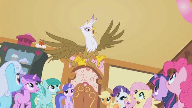 File:Gilda loses her cool S1E05.png