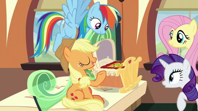 """File:Applejack """"we make 'em for all the Apples"""" S6E1.png"""