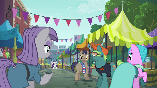 File:Maud and ponies look at Rarity at flea market S6E3.png