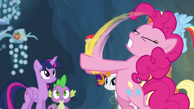 File:Pinkie Pie shaking Boneless S4E25.png