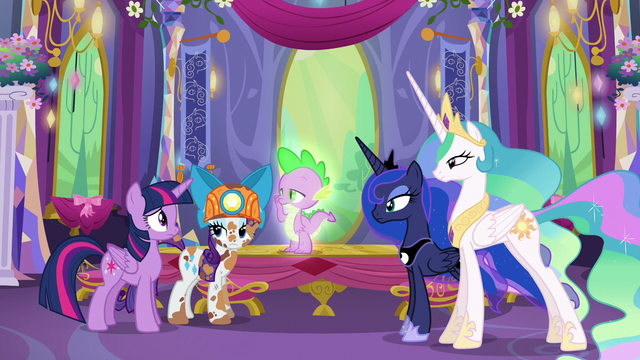 File:Rarity, Spike, and the other Princesses look at Twilight S6E5.png