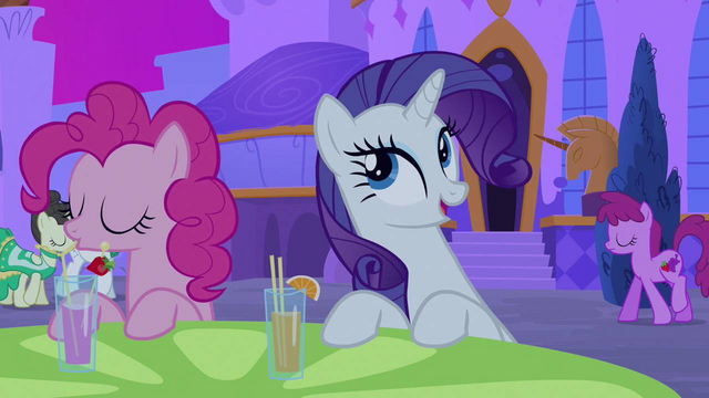 File:Rarity of course she was S2E25.png