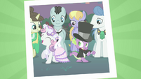 Sweetie Belle and Spike dancing S02E26