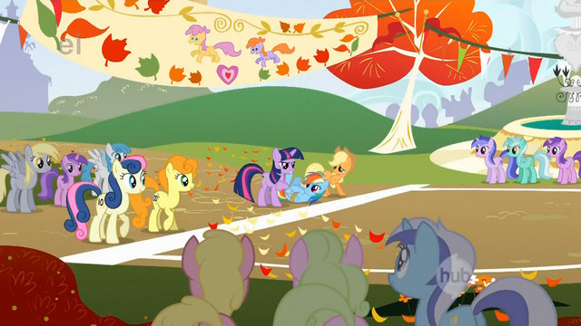 File:Twilight Sparkle is here for the experience S1E13.png