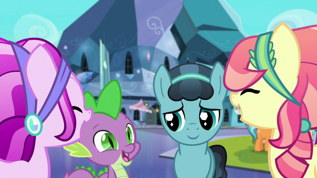 File:Crystal Ponies laugh with Spike and Crystal Hoof S6E16.png