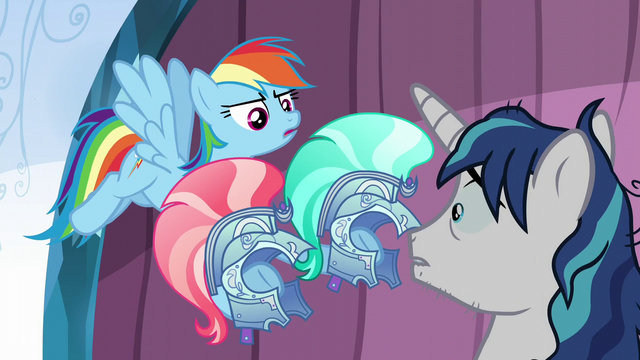File:Rainbow gives Shining Armor guard helmets S6E1.png