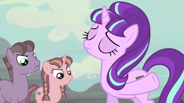 File:Starlight points to the house S5E02.png