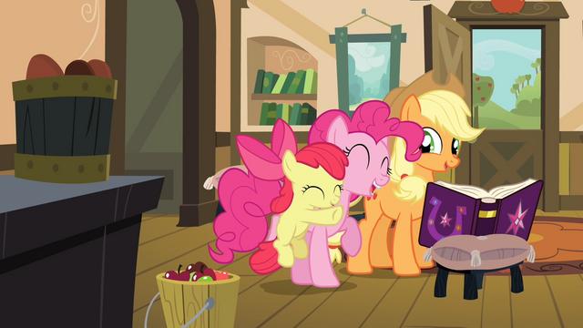 File:Apple Bloom hugging Pinkie S4E09.png