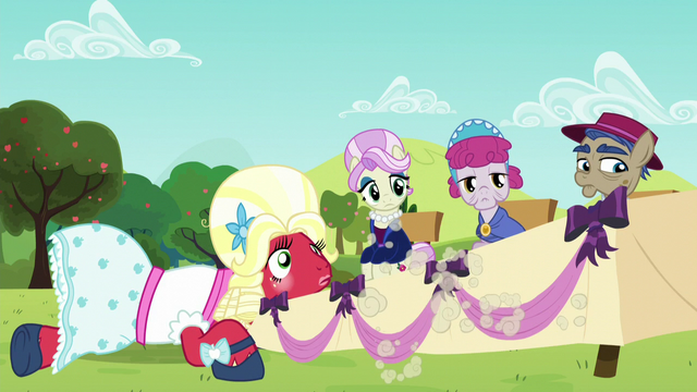 File:Orchard Blossom and the judges see Apple Bloom run off S5E17.png